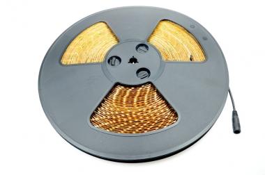 LED-Lichtband 270 Lumen Gleichstrom 12-14,8V DC warmweiss