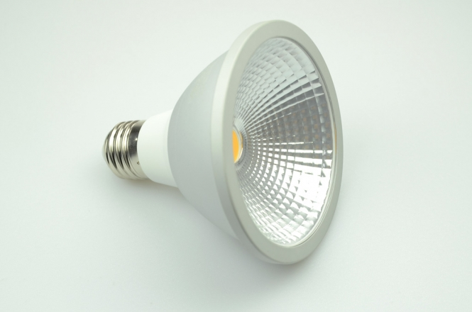E27 LED-Spot PAR30 750 Lumen Gleichstrom 80-230V DC warmweiss 10W