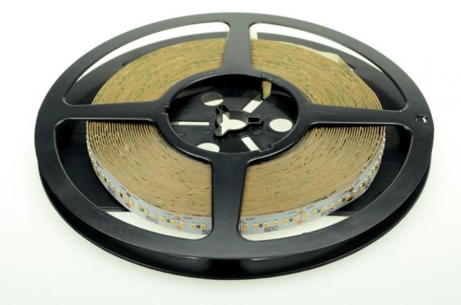 LED-Lichtband 1400 Lumen Gleichstrom 24V DC neutralweiss 19,2W/m dimmbar, CRI>90, lineares Licht
